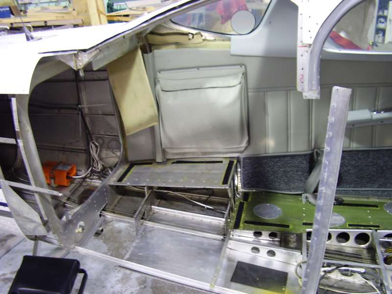 206 with cargo door removed for repair & Cessna 206 Cargo Door Repair Photo Journal   AVSTAR Aircraft of ... pezcame.com